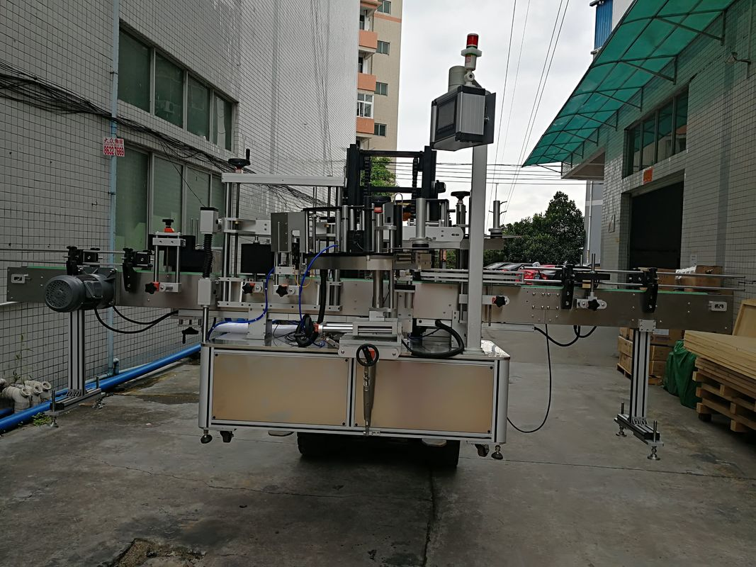 प्लास्टिक जार के लिए स्वचालित डबल साइड स्टिकर लेबलिंग मशीन लेबल ऐप्लिकेटर